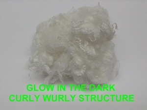 Glow in the dark fiberes structure curlywurly  +- 50 gram