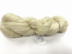 merinosoft super lace  color ecru  100gr 1450met