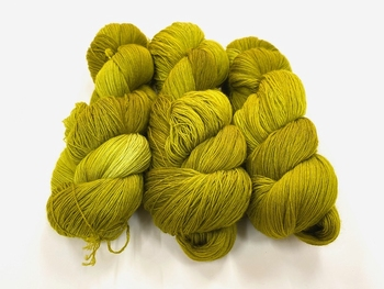 merinosoft super lace  color SOFT OAKAPPLE  100gr 1450met