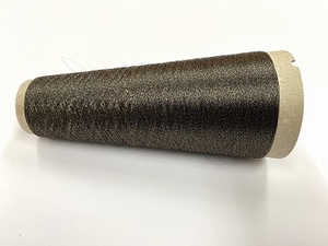 Hautecouture demi matt invisible strong color kakhi mosgreen  1000 meter/cone