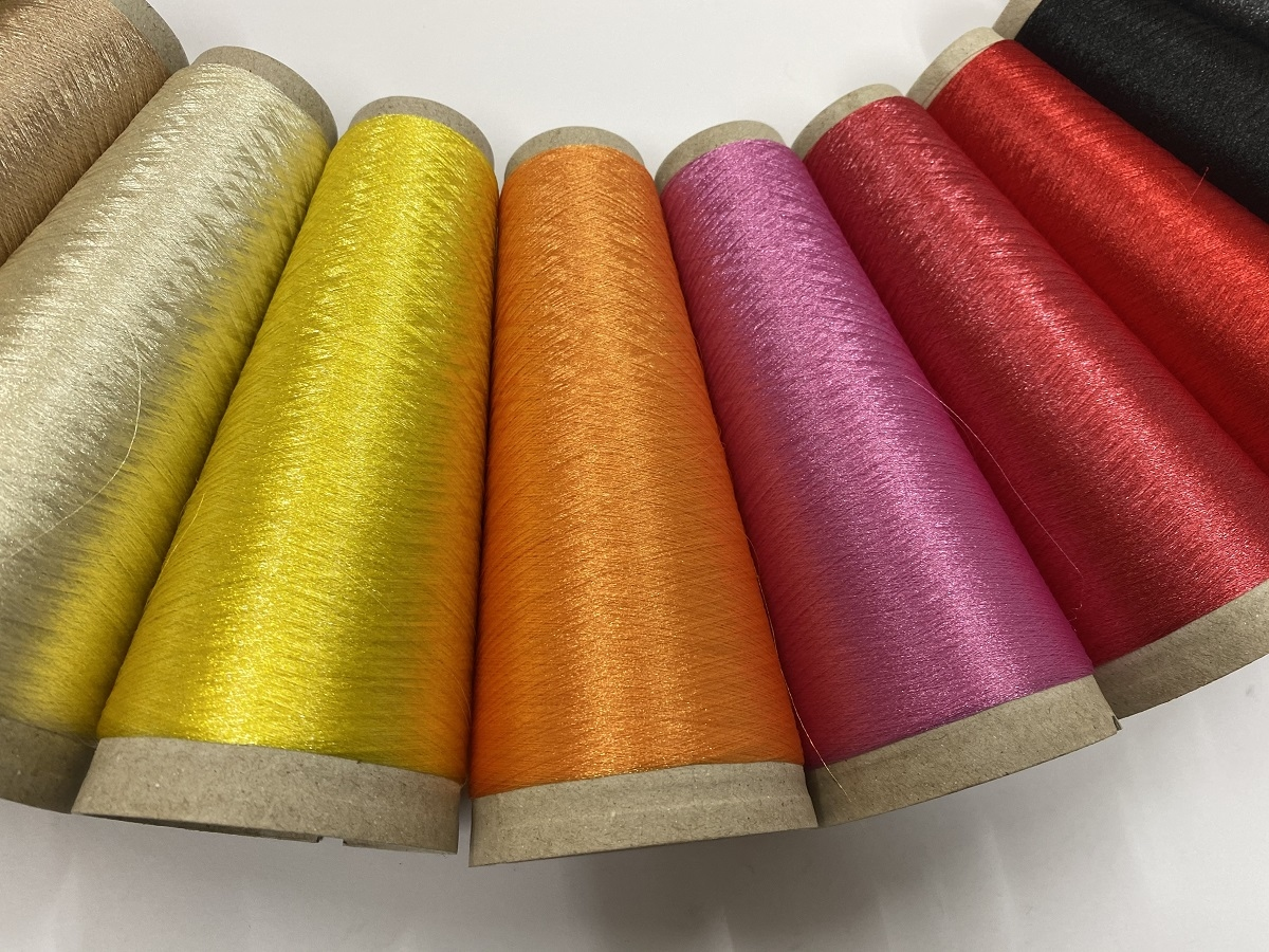 Hautecouture demi matt invisible strong color tulipred