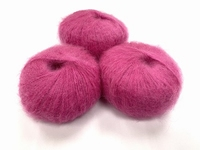 dirty children mohair super soft  color fraise +-35gram = 315m